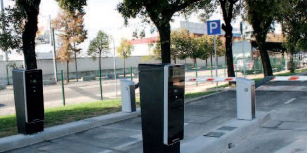 identificazionme-numero-di-targa-casse-automatiche-sistemi-di-parcheggio-nuraia-treviso-venezia-padova-belluno